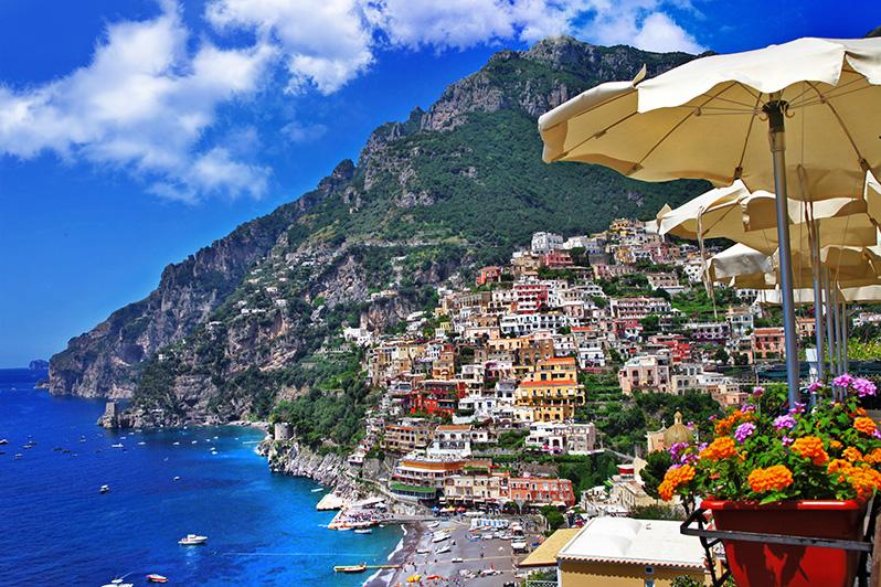 ポジターノ positano 南イタリアの見どころ イタリアまとめサイト